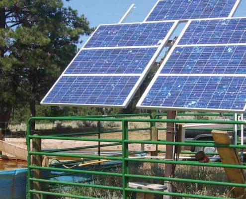 پمپ آب خورشیدی و بادی هیبریدی